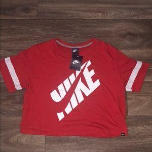 NWT Nike cropped box top